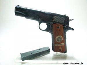 colt-1911-bw-cd