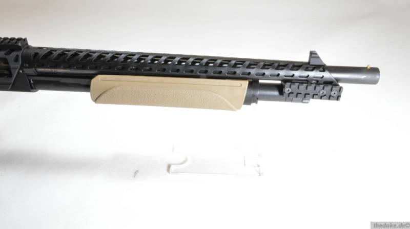 Mossberg 500 AT
